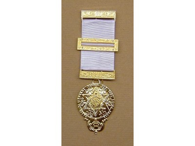 Irish RAC Companions Breast Jewel