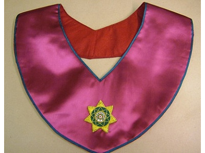 Royal Order of Scotland Officers traditional round collar with hand embroidered badge
