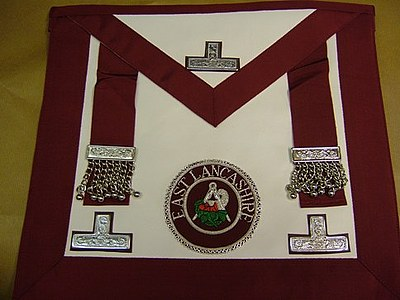 Provincial Stewards Apron with Badge - English Constitution