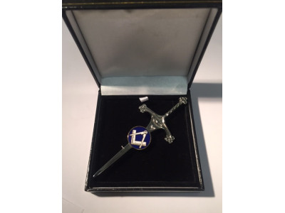 Masonic Kilt pin 80mm long with masonic symbol Square Compass