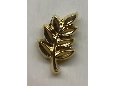 Acacia Leaf Lapel Pin