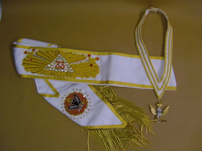 33rd Degree Full Set  - Hand Embroidered Sash, Collarette & Jewel - Scottish