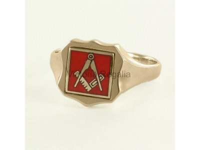 Masonic 9ct Gold Red Square and Compass Ring with Reversible Shield Head