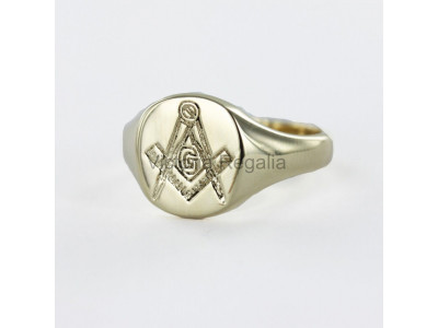 Masonic 9ct Gold Signet Ring with Square, Compass and G Symbol