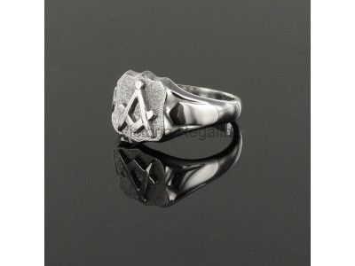 Masonic Silver Square and Compass Ring with Shield Head