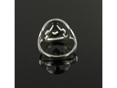 Masonic Ring - Small Silver Pierced Design Square and Compass Masonic Ring