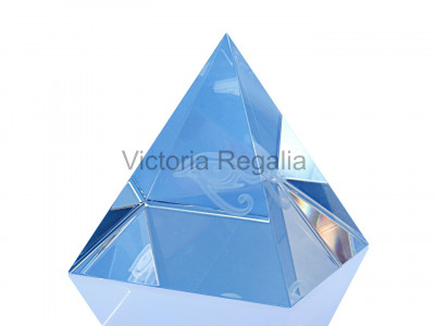 Freemasons Paperweight Glass Pyramid with Engraved Eye of Horus