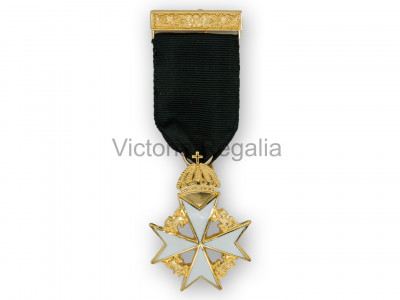 Knights of Malta Members Breast jewel - English Constitution