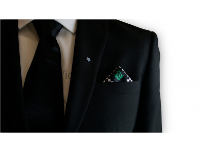 Masonic Chequered Pocket Square with Square, Compasses and G Symbol (Green)