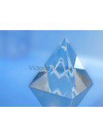 Freemasons Paperweight Glass Pyramid with 3D Engraved Square and Compasses