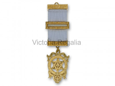 Royal Arch Companions Breast Jewel - English Constitution