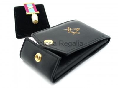 Masonic  Dual Jewel Wallet with Detachable Breast Jewel Pad with Gold blocked Masonic Square and Compasses