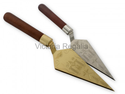 Masonic Trowel with Square and Compasses and 'G' and Symbols - Silver or Gold